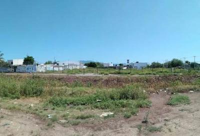 Se Renta Terreno En Zona Comercial