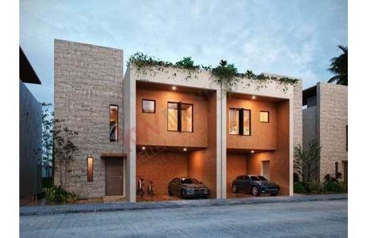 Casa En Pre Venta , Diseñada Con La Elegancia Y Estilo Único De Legorreta , Playa Del Carmen .