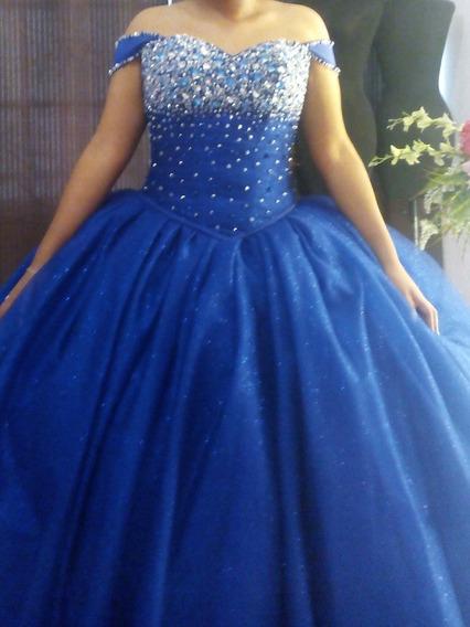 Vestido De Xv Años, Azul Rey Con Mucha Piedra Shuroski