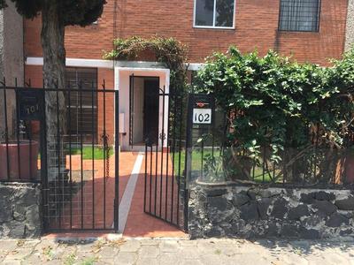 Depto Recién Remodelado De Dos Pisos Tipo Casa En Fuentes Br