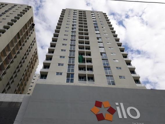 Apartamento Amoblado En Alquiler En Via España 20-3715 Emb
