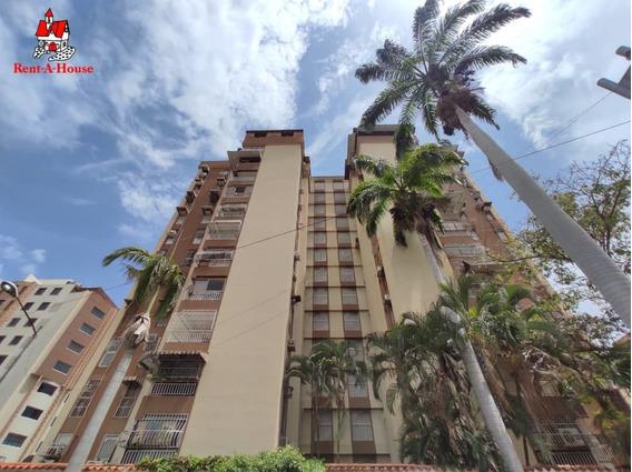 Apartamento En Venta El Bosque Las Delicas Maracay 20-18465