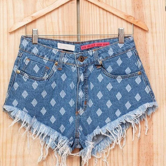 Short Jeans Feminino Balãozinho