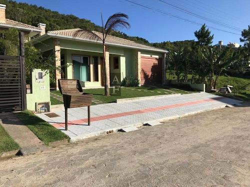 Imagem 1 de 24 de Casa Alto Padrão Para Venda Em Centro Garopaba-sc - Kv653