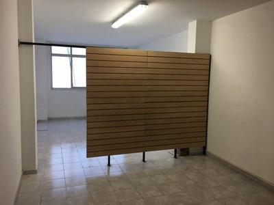 Oficina En Galeria Alquiler Centro / Microcentro