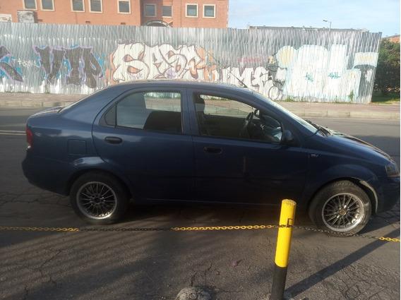 Vehiculo En Excelente Condiciones, Recien Reparado Y Pintado