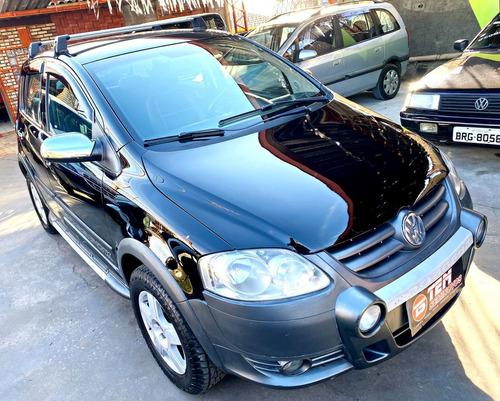 Imagem 1 de 9 de Volkswagen Crossfox 2008 1.6 Total Flex 5p