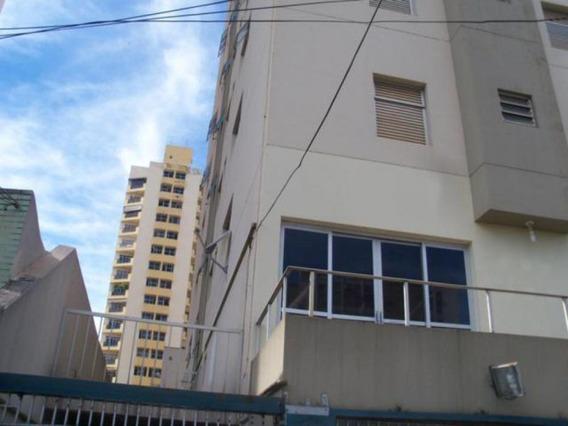 Apartamento - Ref: V797