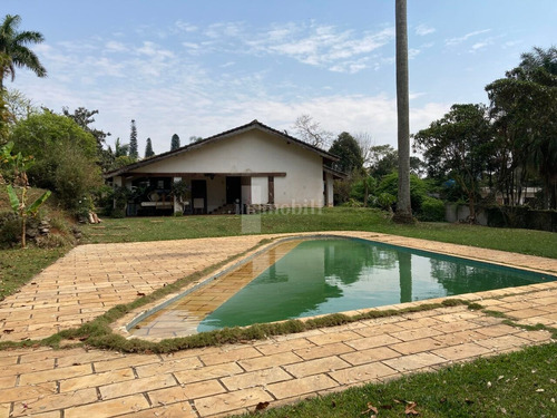 Imagem 1 de 15 de Casa Em Condomínio - Gv10987