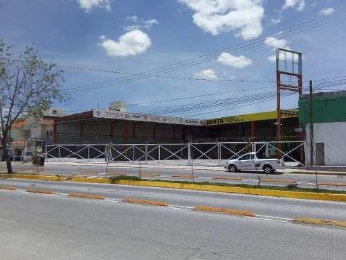 Se Renta Local Comercial En San José Xilotzingo