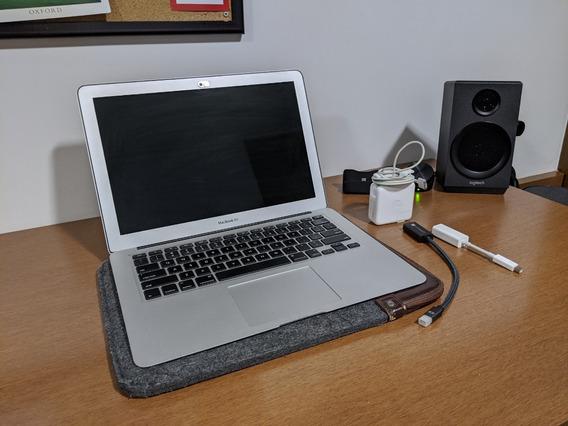 Macbook Air 13.3 In Com Acessórios