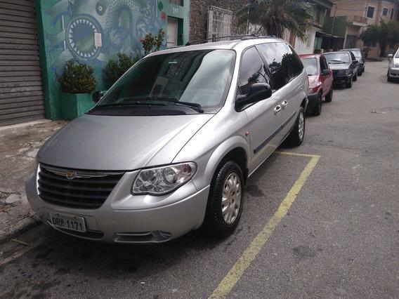 Chrysler Grand Caravan 3.3 Se 5p