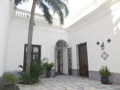 Venta Casa Colonial Ciudad Vieja!