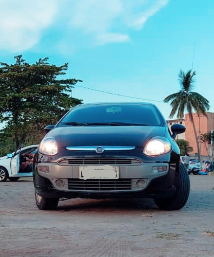 Imagem 1 de 4 de Fiat Punto 2013 1.6 16v Essence Flex Dualogic 5p