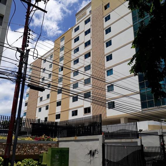 Oficina En Alquiler La Arboleda 20-869 Chm