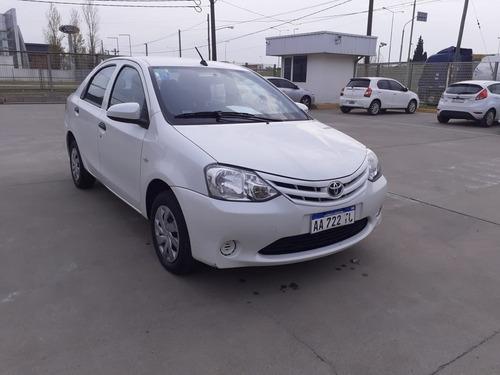 Toyota Etios 4p X 1.5 Mt Año 2016 - Usado