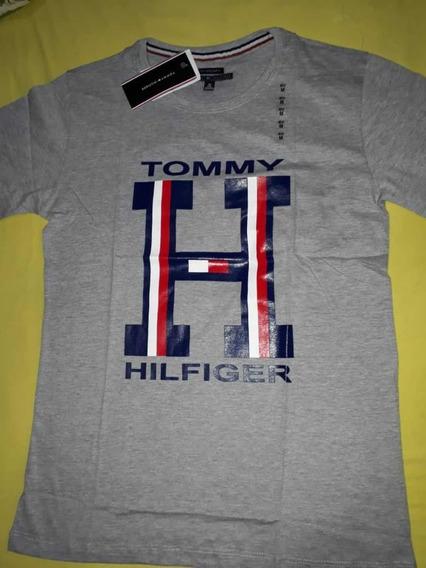 Camiseta Tommy Hilfiger - Primeira Linha
