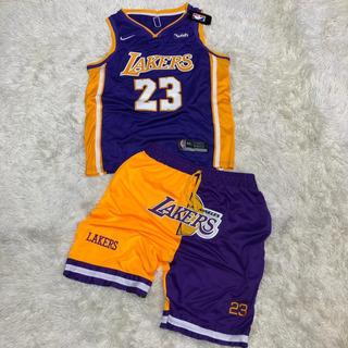Conjuntos Lakers