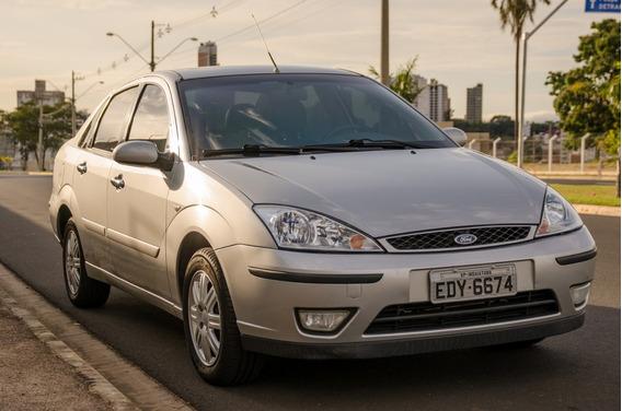 Ford Focus Sedan Ghia 2.0 Duratec 16v Completo