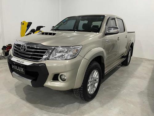 Toyota Hilux 3.0 Cd Srv 171cv 4x4 - A3 2015