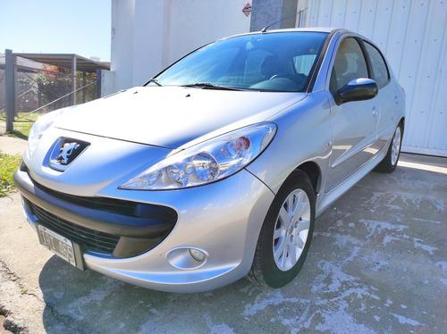 Peugeot 207 2010 1.4 Xs