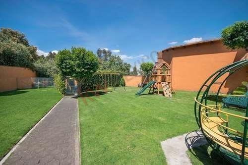 Casa En Renta En Lomas De Vista Hermosa Cuajimalpa .( 26,000 Mensuales Incluye Mantenimiento )