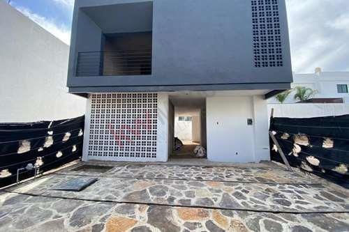 Moderna Casa En Preventa En Valle Imperial