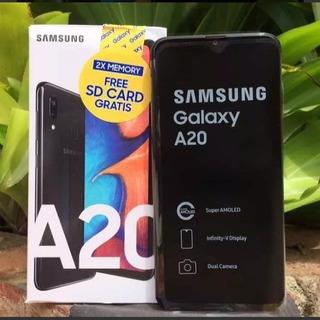 Celular Samsung A20 32gb Nuevo