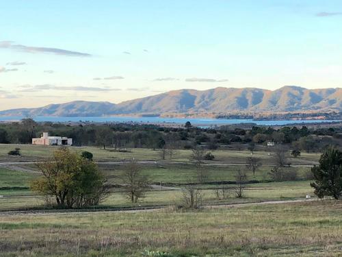 Altos Del Corral Lote 2200 M2 Excelente Vista Al Lago