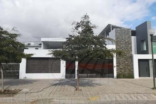 Casas En Venta En Las Brisas, Manzanillo