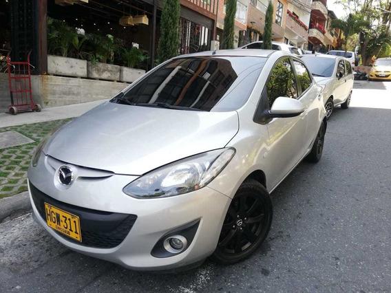 Mazda 2 1.5 Hb Mecanico 2014