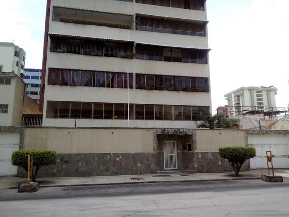 Venta De Apartamento En Calicanto 04141493528