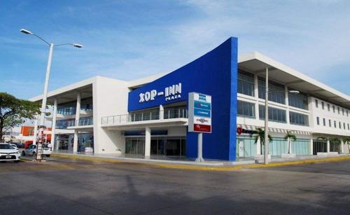 Locales Comerciales En Playa Del Carmen, Plaza Xop-inn