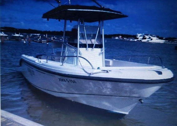 Boston Whaler 24 Pies