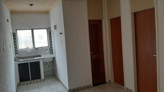 Apartamento Com 2 Quartos,3° Andar,quitado.