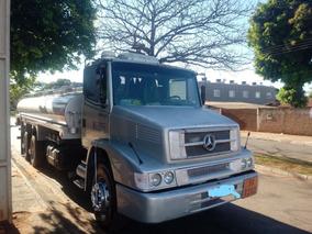 Vende-se Caminhão Tanque