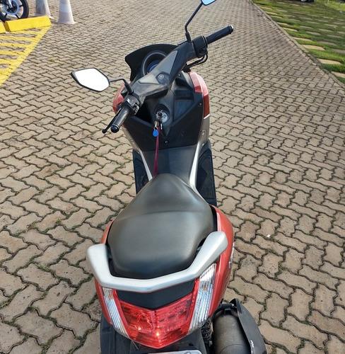 Imagem 1 de 5 de Yamaha Nmax Vermelha