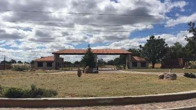 Terreno En Venta En Residencia Campestre Privado Los Nogales, Silao,gto A 5 Min De Puerto Interior.