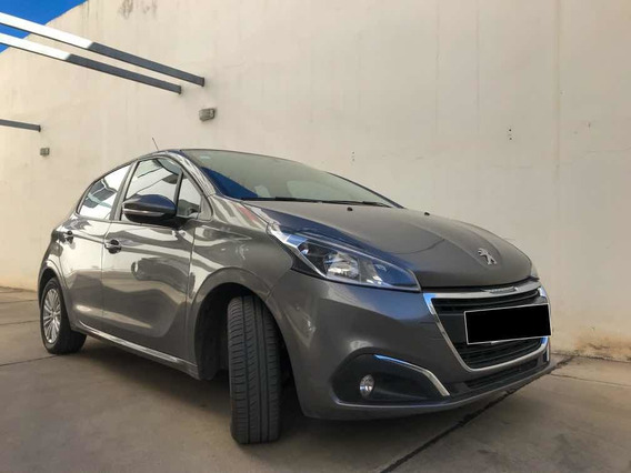 Peugeot 208 1.5 Allure Smeg 2016