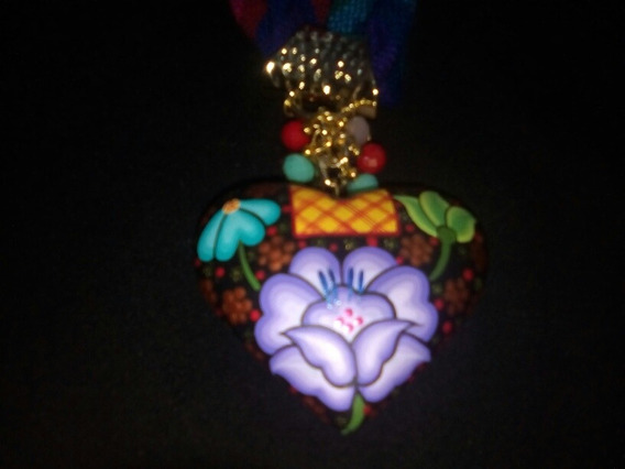 Collar Artesanal Corazón Alebrije