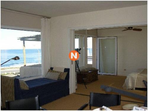 Casa En Venta, Peninsula, Punta Del Este, 4 Dormitorios.- Ref: 207873