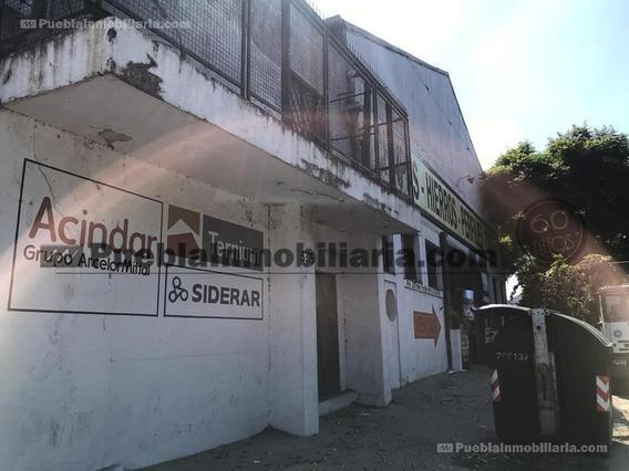 Depósito / Nave Industrial En Alquiler Pompeya