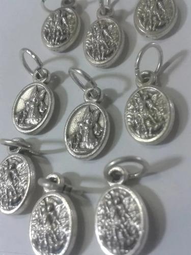 297 Se Vende Mini Medalla De San Miguel En Alpaca De Buena