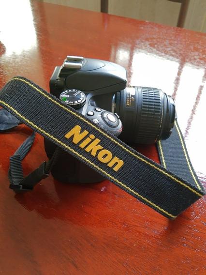 Câmera Nikon Com Bolsa E Carregador Portátil