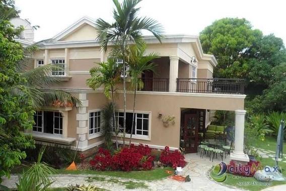Citymax Santo Domingo Vende Espectacular Casa Con Piscina