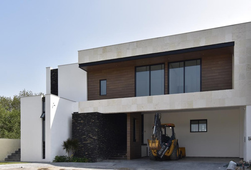 Imagen 1 de 30 de Casa En Venta En Rincón De Los Arroyos En Sierra Alta - Zona Carretera Nacional (ljgc-aah)