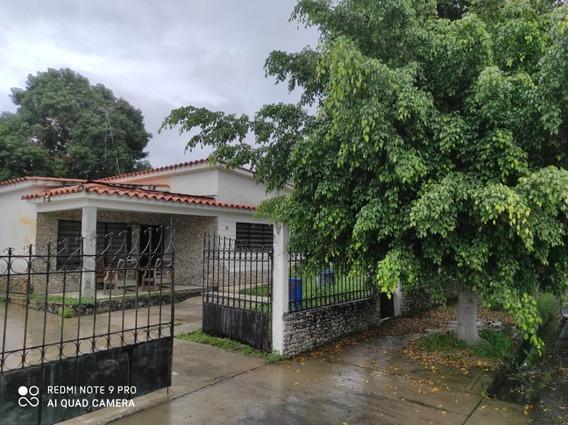 Venta De Casa En La Floresta 04126835217