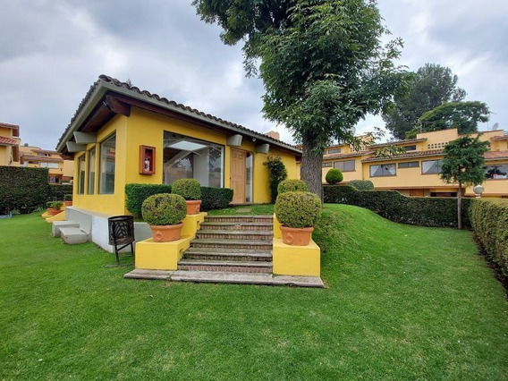 Venta Casa En Condominio Con Jardín Común Cerca De San Jerónimo