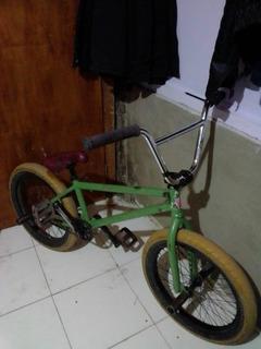Bicicleta Bmx Excelentes Componentes