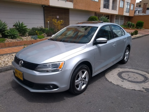 Volkswagen Nuevo Jetta New Jetta Tredline 2013